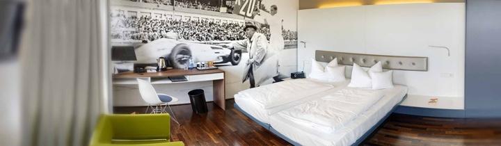 V8Hotel - Die Doppelzimmer. V8 HOTEL - MOTORWORLD Region Stuttgart auf dem Flugfeld Boeblingen.