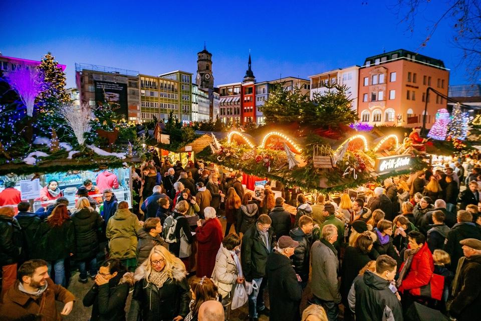 Weihnachtsmarkt StuttgartPhoto: Thomas Niedermueller /  www.niedermueller.de