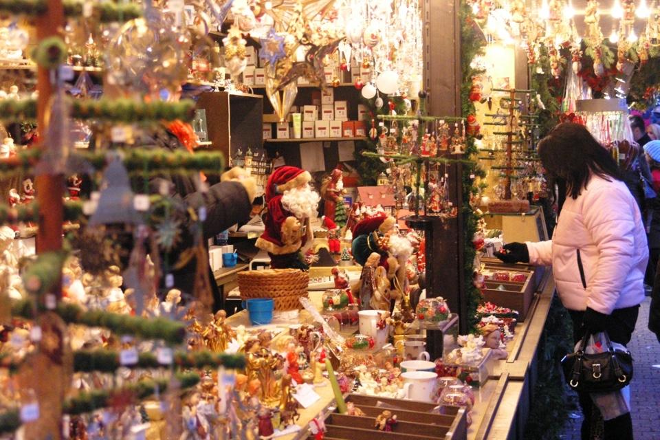 Stuttgarter_Weihnachtsmarkt_03_Thomas_Niedermueller